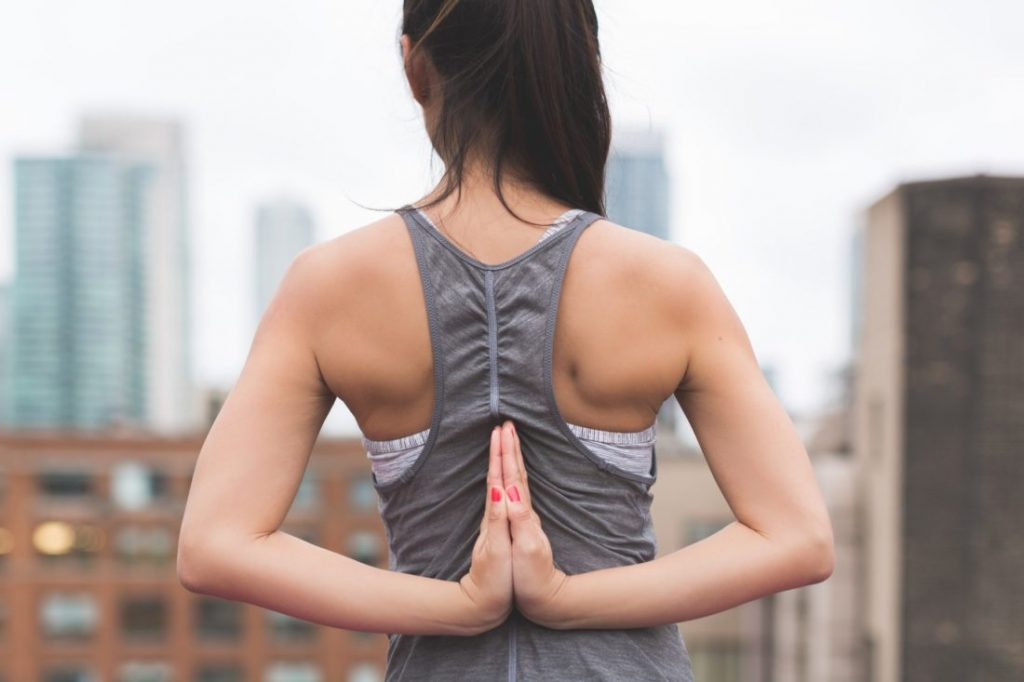 5 Ways to Maintain a Strong and Healthy Spine for Life